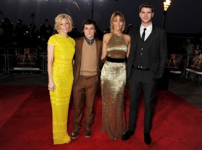 Elizabeth Banks, Josh Hutcherson, Jennifer Lawrence and Liam Hemsworth