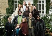 The Commune behind the scenes