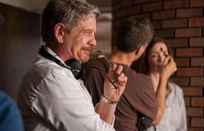 John Wells on the set of August: Osage County