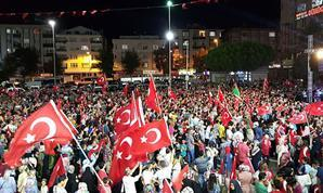 Istanbul coup protestors