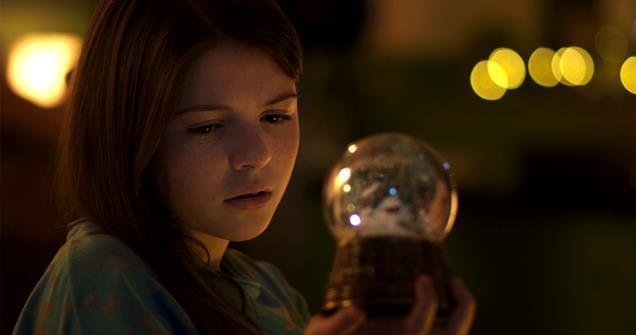 Liam Neeson follows 'Christmas Star' | News | Screen